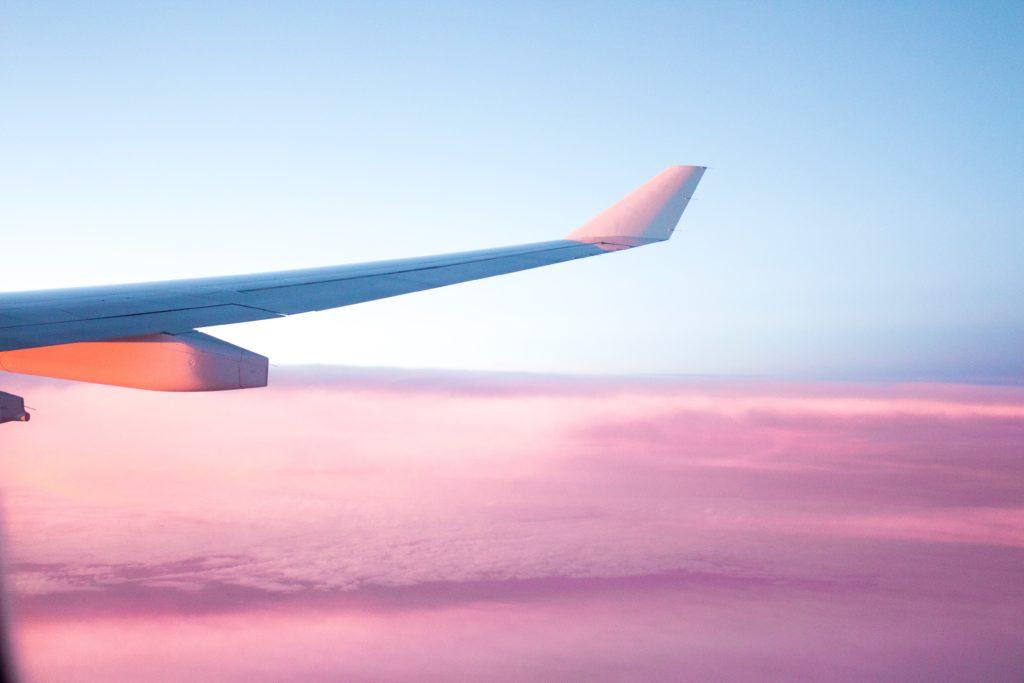 海外のシーンでの飛行機