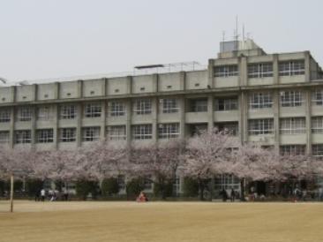 芦間高等学校
