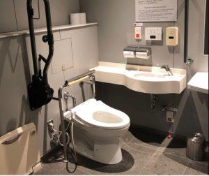 ヒルズのトイレ