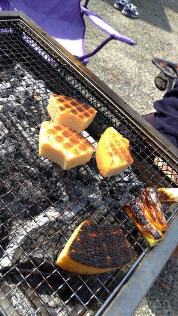 バームクーヘンを焼いているところ