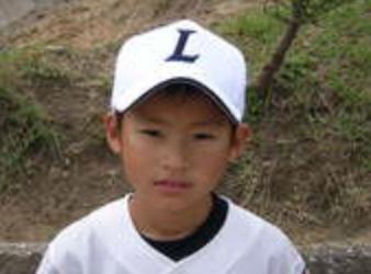岡田健史の小学生時代