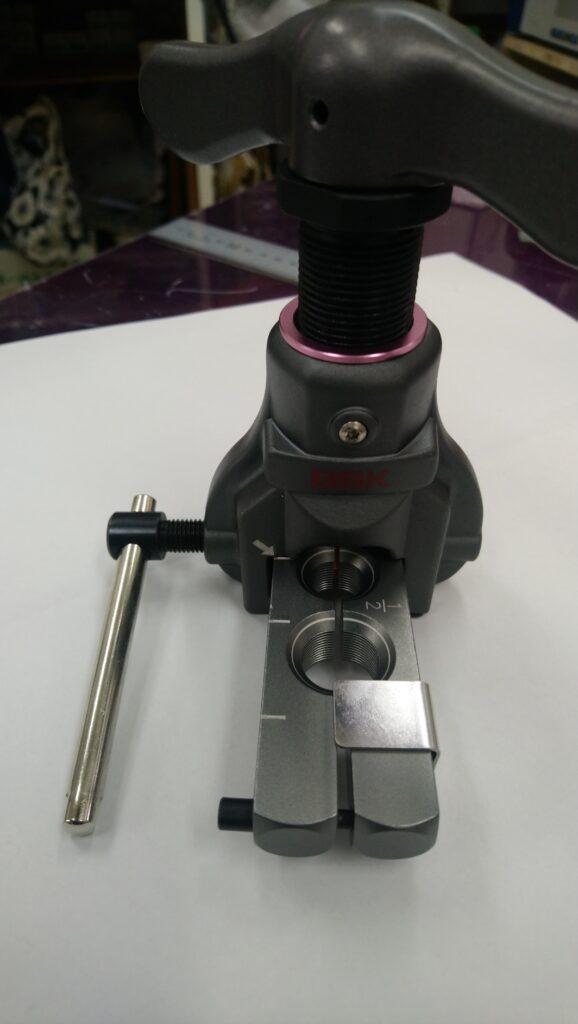フレアツールでメーカーがBBKで型番は700-FNPAの画像