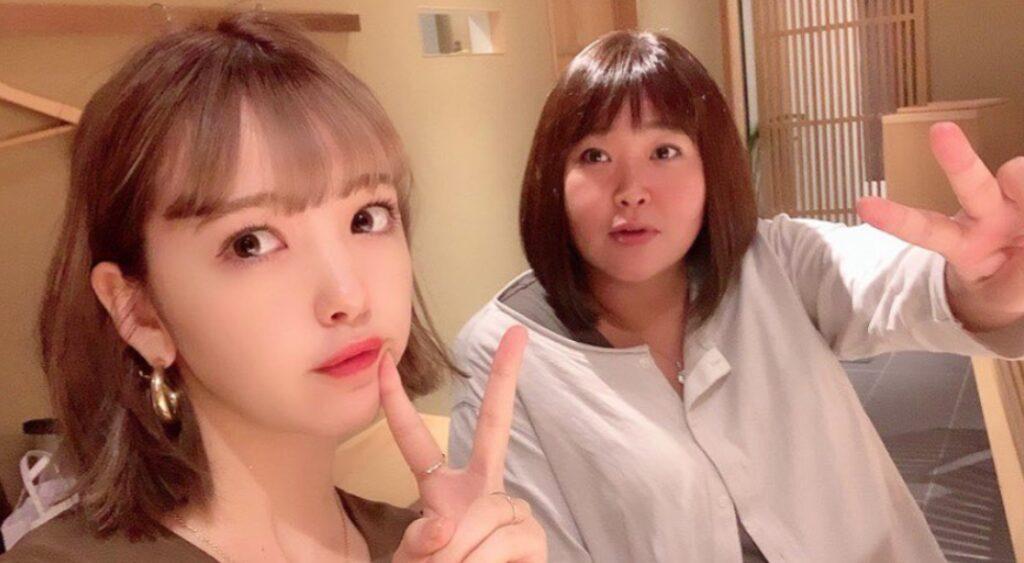 藤田ニコルと母親の美奈子さんとのツーショット写真